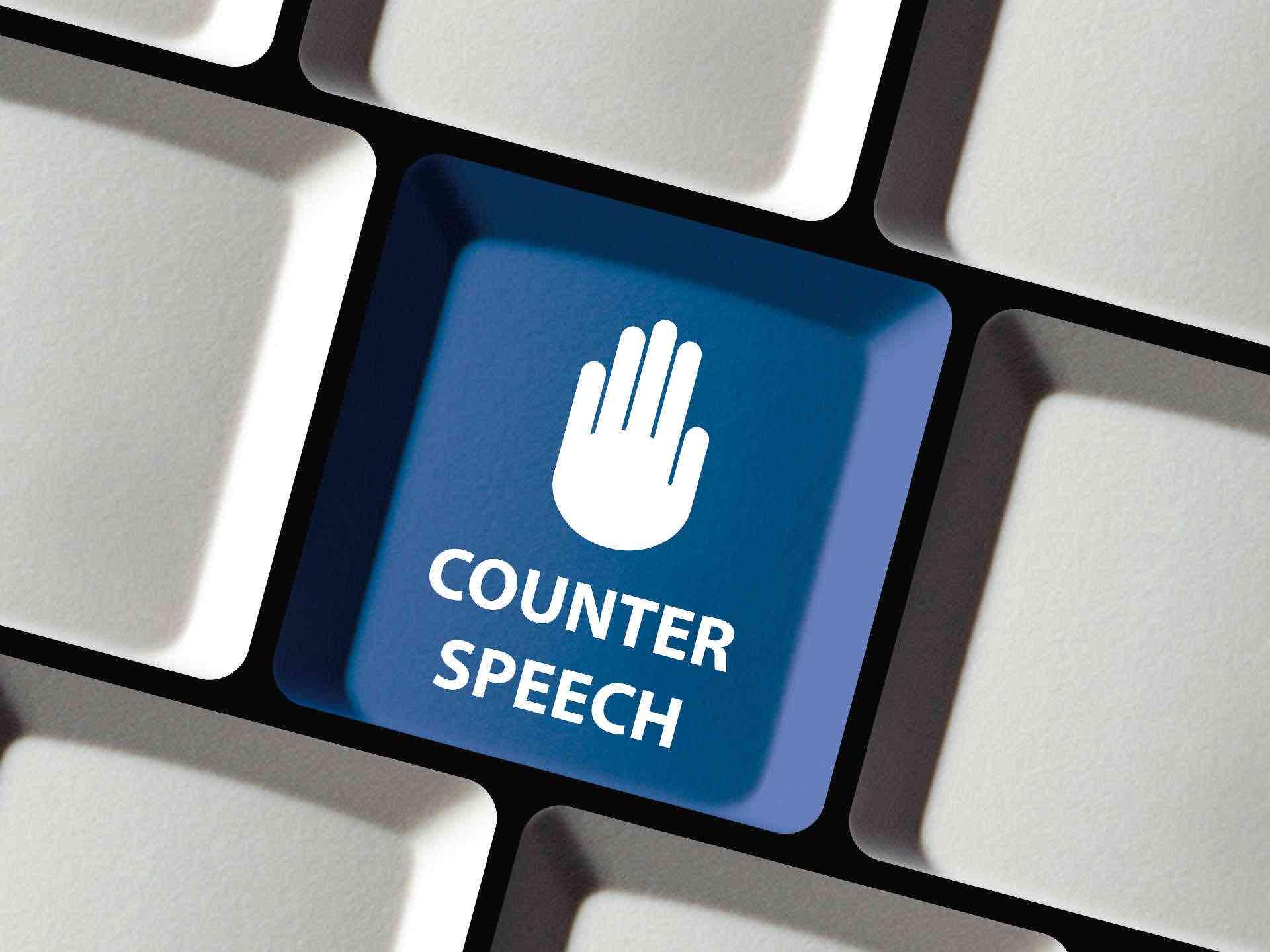 Tast_einer_PC-Tastatur_mit_dem_Wort_Counter_Speech